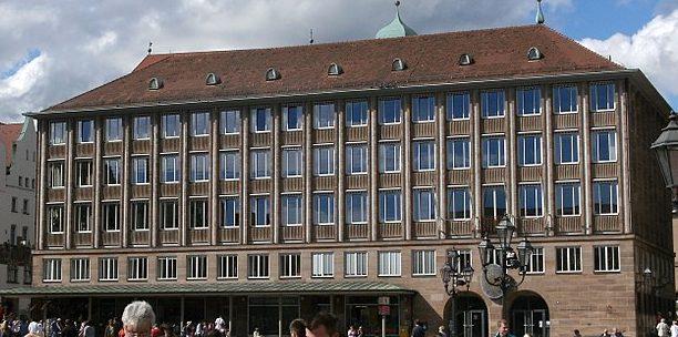 Das Rathaus am Hauptmarkt in Nürnberg